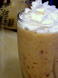 caramel apple smoothie.nowicaneatcake